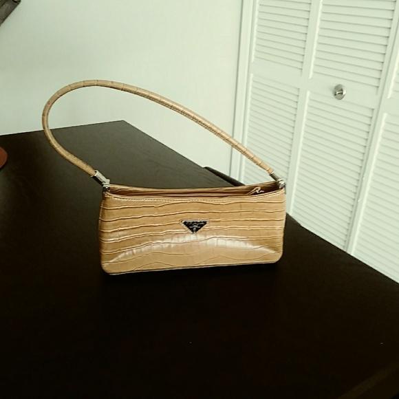 Prada Bags   Clutch   Poshmark e22c9003ad